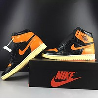 "Air Jordan 1 ""Shattered Backboard"" Shoes"