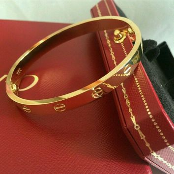 One-nice? Cartier Love bracelet 18k Yellow gold size 19
