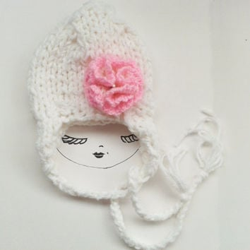 White Knit Baby Hat with Flower, White Girl hat, Winter hat, Ear Flap Hat, Newborn Hat, Knitted Hat, Toddler, Infant, Children