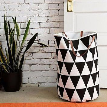 Grid Pattern Canvas Laundry Basket/Storage with Leather Handles