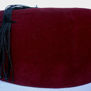 Doctor Who Fez Hat Burgundy Color Mat Smith Fez Geek Gift, Fezzes Are Cool 11. Doctor eleventh dr who gifts