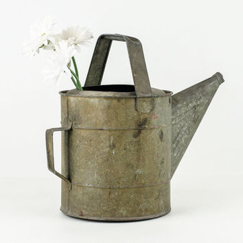 Large Galvanized Zinc Watering Can / Flower pail