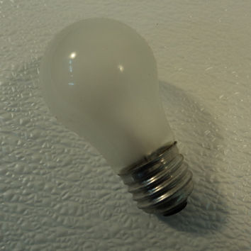 GTE Sylvania 15 Watt Incandescent Light Bulb Lamp Frost Appliance A1528-B V2 -- New