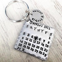 Calendar Keychain   Custom To Your Special Date