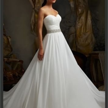 White Ball Sweetheart Beading Chiffon 2013 Wedding Dress IWD0244 -Shop offer 2013 wedding dresses,prom dresses,party dresses for girls on sale. #Category#