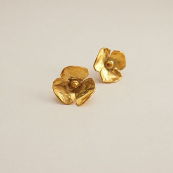 Gold plated silver stud earrings, hammered stud earrings, small stud earrings, flower earrings, contemporary jewelry