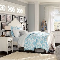 Genevieve Bed