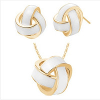 Fashion 18K white gold plated austria crystal women Three wire pendant round ball necklace/earrings wedding Jewelry Sets = 1669150596