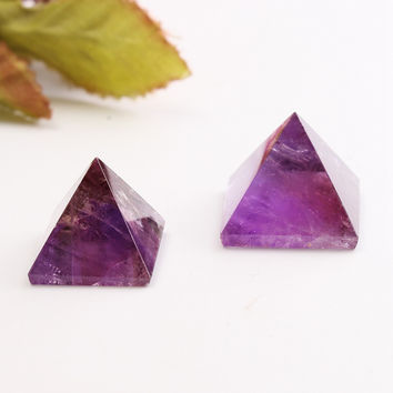 Amethyst Crystal Healing Pyramid Amethyst Pyramid Crystal Crafts Ornament Home Decor Crafts New Year Luck Gifts