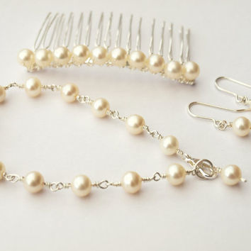 Classic Pearl Bridal Set Including Hair Comb by jewellerymadebyme