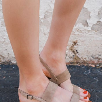 Made to Travel Sandals - Taupe
