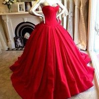 Red prom dresses,Custom prom dress,Sweetheart prom dress,Neckline prom dresses,Long Ball Gown,Prom Dresses,BD006