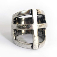 Silver Knuckle cross cage ring (size 9)