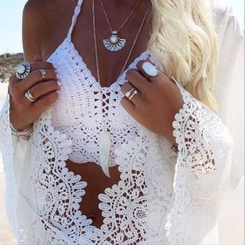DCCKL72 Fashion hot beach top white knot hollow crop vest halter neck top