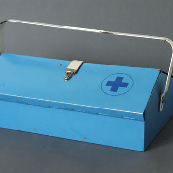 MEWA First Aid Medicine Chest, Wilhelm Kienzle, Medical Utility Box, Swiss Designed, Made in Switzerland, 1950s Mid Century Modern, Bauhaus