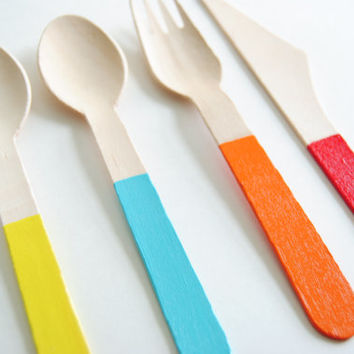 """HOT AIR BALLOON - Yellow, Blue, Orange, Red - Set of 4 Dipped 6"""" Disposable Wood Flatware - Spoon, Fork, Knife - Party Wedding Supply"""