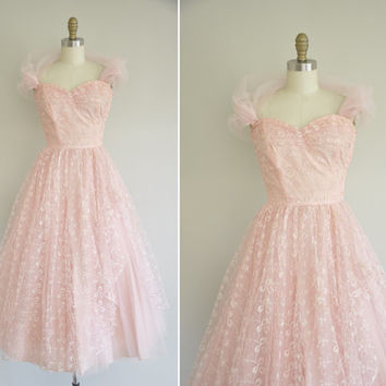 vintage 1950s prom dress / 50s pink tulle party dress / 1950s sweetheart dress