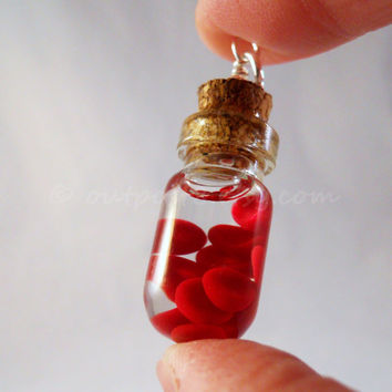 Red blood cells bottle necklace Awesome science by Outpost8