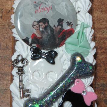Once Upon A Time Emma Swan and Captain Hook Decoden iPod Touch Fifth Generation 5th MP3 Case