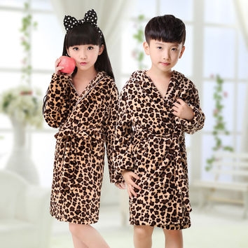 Children's Bathrobes 2016 Boys Flannel Nightgown Big Virgin Pajamas Home Robes Leisure Girls Baby Bathrobe Free Shipping