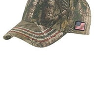 Joe's USA(tm) - Realtree Xtra Camouflage Caps with Embroidered American Flag