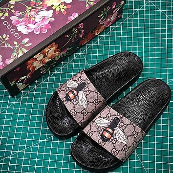 Gucci GG Supreme Bee Slide Sandals