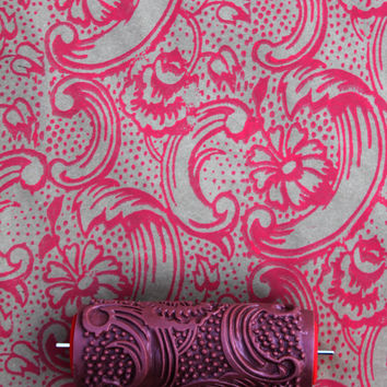 Night Dahlia Patterned Paint Roller