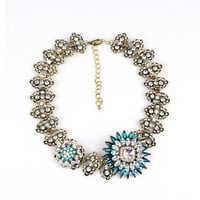 Rhinestone Floral Pattern Necklace