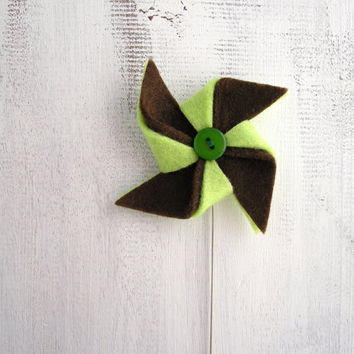 Green and brown pinwheel felt brooch, pin wheel jewelry, metal stick pin brooch, windmill brooch