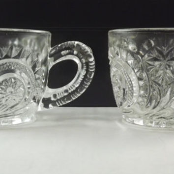 Vintage Punch Cups, Antique Coffee Cups, Radiant Daisy Depression Glass, Set of 4 Slewed Horseshoe Party Cups, US Glass Company