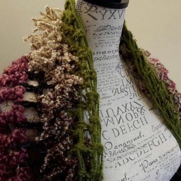 Crochet Hippie Shrug. Made by Bead Gs on ETSY. Size medium 7 - 10 average. Hippie bolero