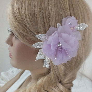 bridal lace hair comb -bridal hair comb -Pearl hair comb- bridal lace headpiece- headpiece -ivory lilac hair comb, 3D floral hair comb,