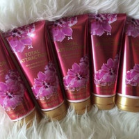 5 Victoria's Secret Vs Fantasies Hydrating Body Lotion Five Total Attraction