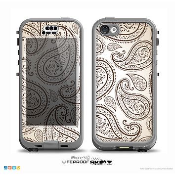 The Tan Highlighted Paisley Pattern Skin for the iPhone 5c nüüd LifeProof Case