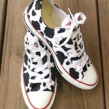 DCCKGQ8 cow print converse custom hand painted shoes