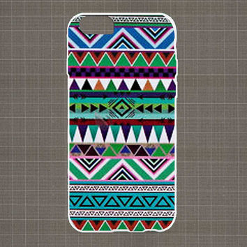 Tribal Pattern Green iPhone 4/4S, 5/5S, 5C Series Hard Plastic Case