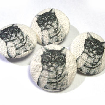 Fabric covered buttons tabby Cat mouse Kitten Handmade Animal buttons, bag purse buttons, children buttons, sewing buttons, sweater buttons