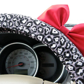 The Original Grey and White Cheetah Steering Wheel Cover with Matching Bright Red Bow