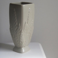 Vintage Mid Century Haeger Vase Taupe 12 inches Tall