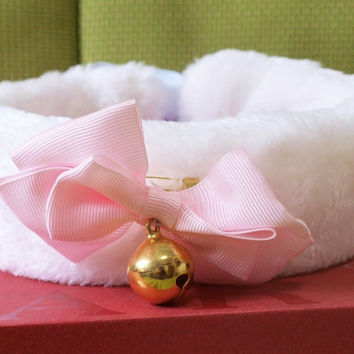Furry White Pink Bow Collar - Kitten Play - Pet Play - Cosplay - Kitten Play Collar