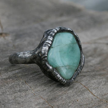 EMERALD RING, GREEN emerald ring, organic ring, statement ring, rustic ring, rough emerald handmade gift, raw emerald gift for her gothic