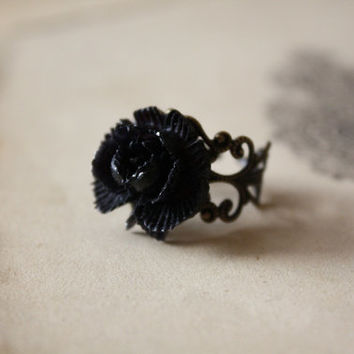 Black Rose Ring - Dark Fairy Tale - Grimm's Fairy Tale