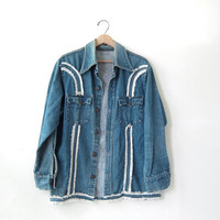 Vintage 70s LEVIS denim jean jacket. Fringed jean jacket.