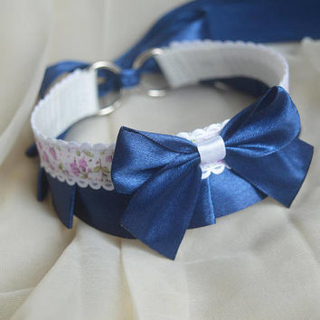 Lolita collar - Night Lianne -  navy and white flowery choker - costume cosplay - ddlg princess kitten play petplay day collar by Nekollars