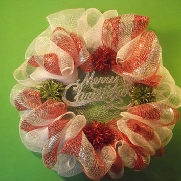 Red and White Deco-mesh Holiday Wreath