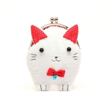Supermarket: Cute furry kitty clutch purse from Misala Handmade Bags & Purses