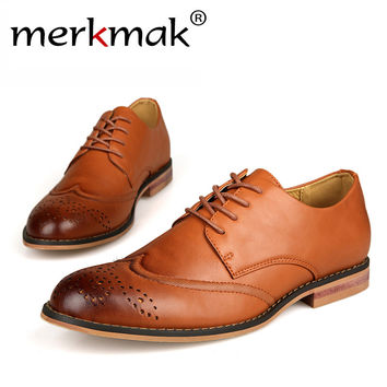 New 2016 Plus Size Leather Men's Shoes Business Formal Brogue Pointed Toe Carved Oxfords Vintage men's flats Shoes men LS057