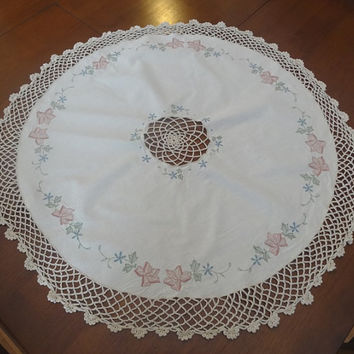 34 Inch Round Cotton Tablecloth with Embroidered Flowers & Crochet Lace Trim in Ivory