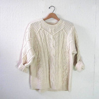 STOREWIDE SALE...vintage white cable knit sweater. pullover sweater. baggy spring sweater