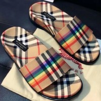Burberry Woman Men Fashion Slipper Sandals Shoes